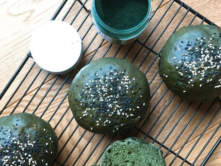 How to eat spirulina? How much is suitable for spirulina to eat every day?